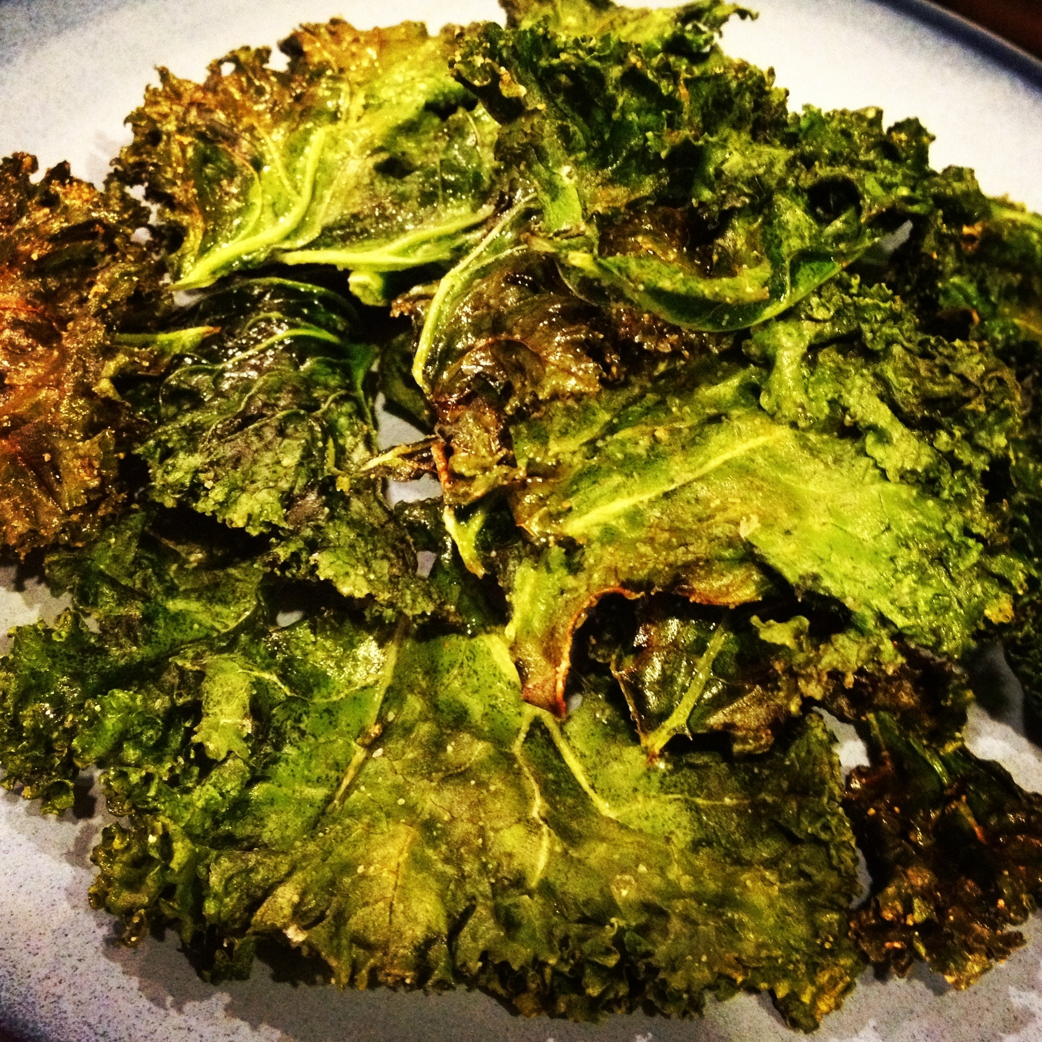 Baked Kale Chips with Coconut Oil